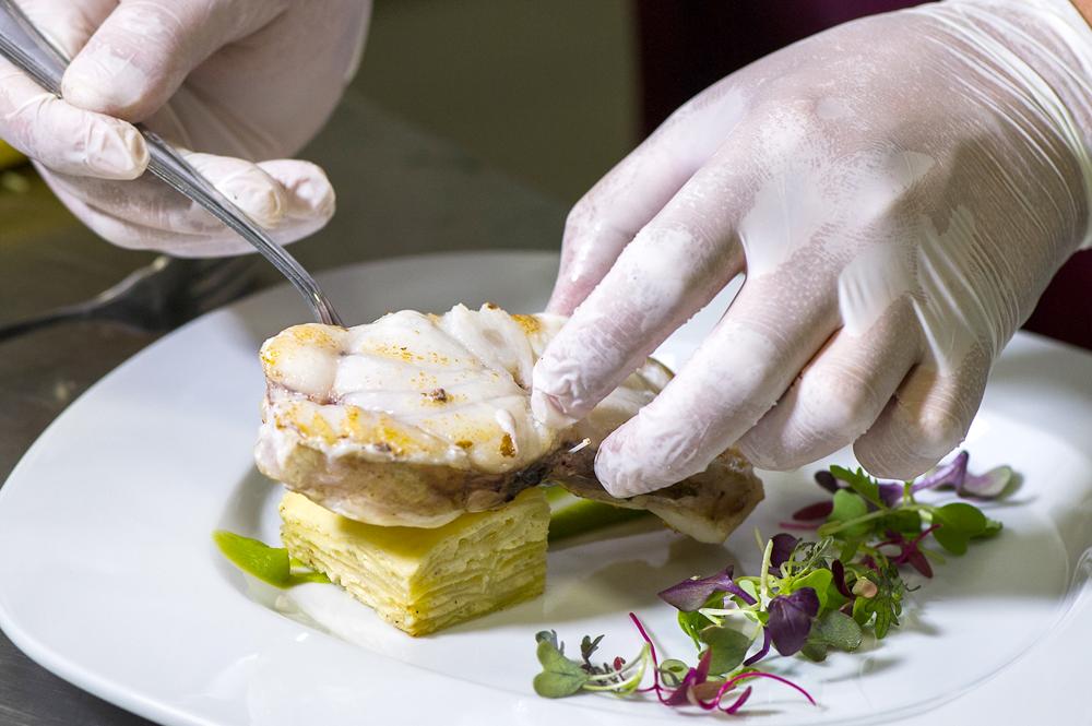 Gastronomia tradicional i innovadora amb productes de proximitat i de temporada. Masia Les Garrigues